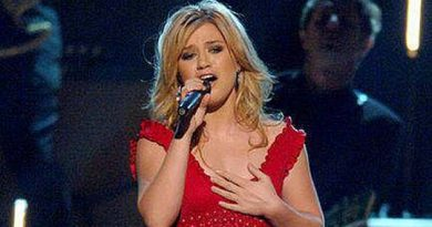 Kelly Clarkson Billboard Music Awards Opening Medley Performan