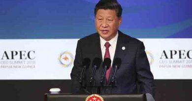 APEC summit : China and US clash on trade.