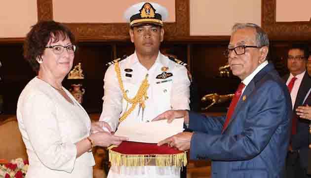 Danish Ambassador presents credentials to Bangladesh President