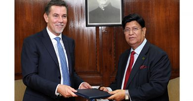 New UNHCR Country Representative Presents Credentials to Bangladesh Foreign Minister
