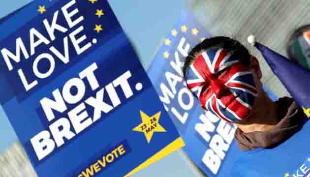 Brexit: Hundreds of thousands of people are expected to march on the UK Parliament calling for people's vote'