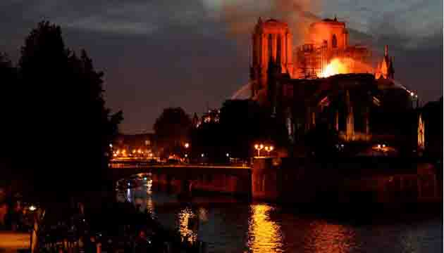 Bangladesh Foreign Minister mourns the massive damage caused to the Notre-Dame Cathedral in France